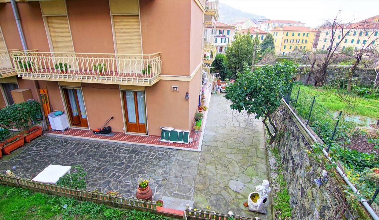 Via T.Trieste 20 A (33)