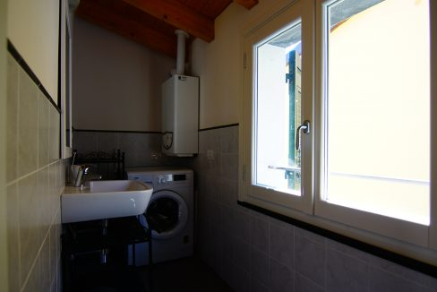 Appartamento Mansarda Palazzina verde secondo piano (19)