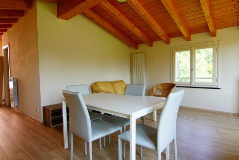 Appartamento Mansarda Palazzina verde secondo piano (2)