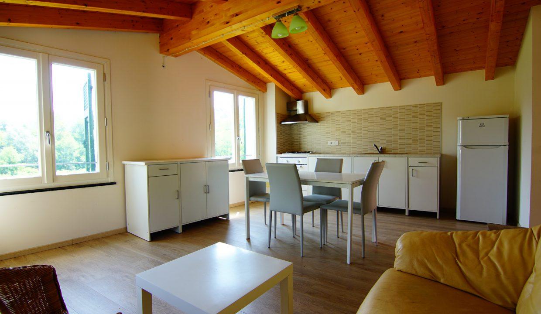 Appartamento Mansarda Palazzina verde secondo piano (3)
