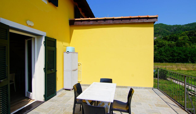 Appartamento piano rialzato palazzina gialla con terrazzo (25)