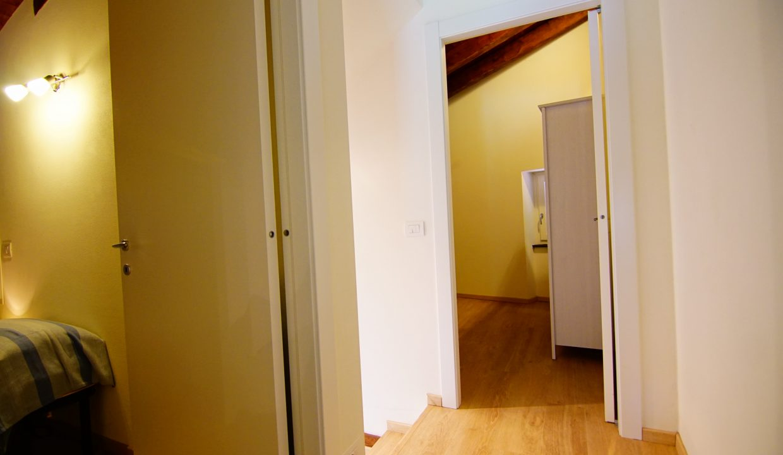 Appartamento piano rialzato palazzina gialla con terrazzo (43)