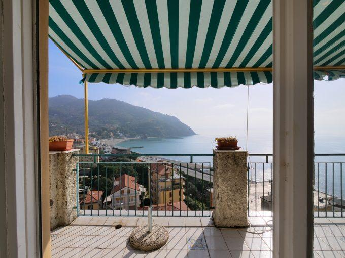 Appartamento vista Golfo in vendita  a Levanto